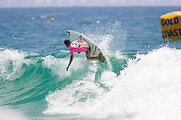 Former World Champion CHELSEA HEDGES (AUS)  on her way to a Round Three win in the Roxy  Pro held today March 3, 2007 at Snapper Rocks,  Gold Coast, Queensland, Australia. HEDGES defeated tour rookie CAROLINE SARRAN (FRA) in the one meter surf. Photo: Joli