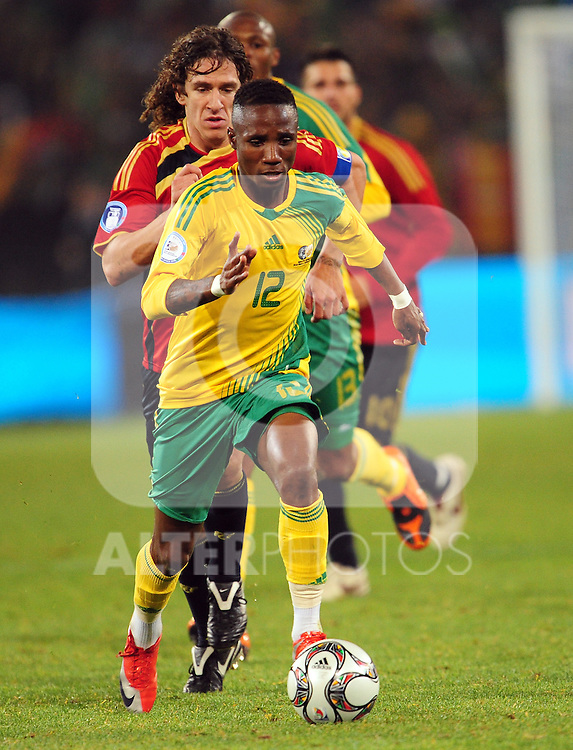 Teko Modise  during the soccer match of the 2009 Confederations Cup between Spain and South Africa played at the Freestate Stadium,Bloemfontein,South Africa on 20 June 2009.  Photo: Gerhard Steenkamp/Superimage Media.