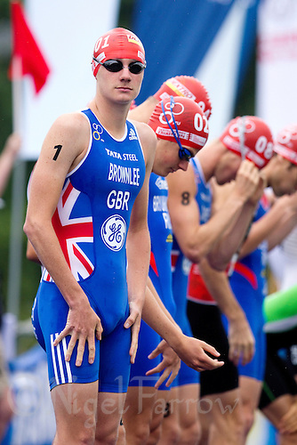 10 SEP 2011 - BEIJING, CHN - Alistair Brownlee (GBR) waits for the start of the 2011 Elite Mens ITU World Championship Series Grand Final Triathlon (PHOTO (C) NIGEL FARROW)