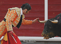Bullfighter  Morante de la Puebla in action