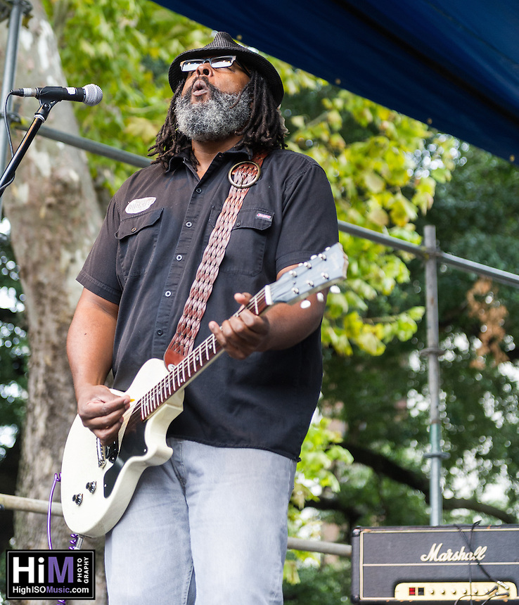 Alvin Youngblood Hart performs at the 2013 Blues and BBQ Festival in New Orleans, LA.