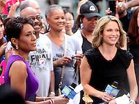 July 26, 2012 Robin Roberts, Amy Robach of  Good Morning America in New York City.Credit:© RW/MediaPunch Inc. /NortePhoto.com<br /> <br /> **SOLO*VENTA*EN*MEXICO**<br /> <br />  **CREDITO*OBLIGATORIO** *No*Venta*A*Terceros*<br /> *No*Sale*So*third* ***No*Se*Permite*Hacer Archivo***No*Sale*So*third*©Imagenes*con derechos*de*autor©todos*reservados*.