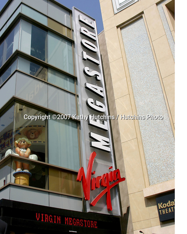 Virgin  Megastore Exterior.Halle Berry  receives Star on the Walk of Fame.Hollywood & Highland.Los Angeles, CA.April 3, 2007.©2007 Kathy Hutchins / Hutchins Photo....