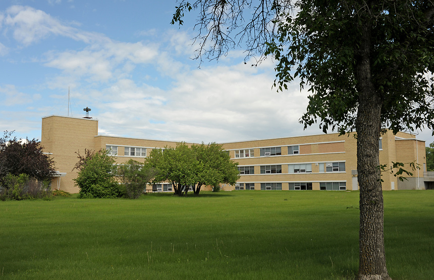 The administrative building at Valley View Centre.