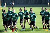 SOTOGRANDE  - Voetbal, Trainingskamp FC Groningen, seizoen 2017-2018, 11-01-2018,  lopen tijdens de warming up