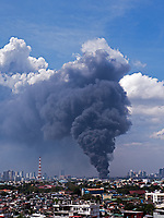 Massive Fire near Pandacan, Santa Ana and Mandaluyong Manila, Philippines on Feb 01, 2020.