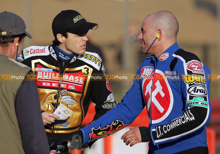 Steve Jonhston (right) and Rory Schlein - Arena Essex Hammers vs Coventry Bees - Sky Sports Elite League A - 31/05/06 - (Gavin Ellis 2006)