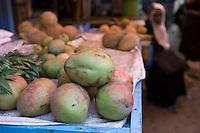Afrique/Afrique de l'Est/Tanzanie/Zanzibar/Ile Unguja/Stone Town: au Marché Daradjani mangues