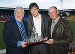 St Johnstone Player of the Year Awards...04.05.13.Blues Boys Supporters Club Player of the Year Award went to Murray Davidson presented by Jimmy Robertson and Jimmy Smith.Picture by Graeme Hart..Copyright Perthshire Picture Agency.Tel: 01738 623350  Mobile: 07990 594431