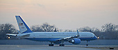 Chicago, IL - January 4, 2009 -- The United States Government Boeing 757 carrying United States President-elect Barack Obama taxis out for takeoff from Midway Airport in Chicago, Illinois, USA as Obama departs for Washington, DC USA 04 January 2009. Obama will join his wife and children who are already in Washington as he prepares to take the oath of office on 20 January. .Credit: Tannen Maury - Pool via CNP