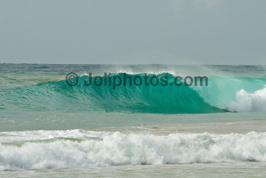 Porta Del Sol/Puerto Rico (Monday, November 8, 2010) The surf came up from the North East today providing some waves on the west side..Photo: joliphotos.com