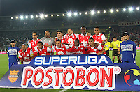BOGOTA -COLOMBIA, 27-ENERO-2015. Formacion del Independiente Santa Fe campeon  de La Superliga Postobon 2015 partido final  jugado en el estadio Nemesio Camacho El Campin de Bogota . /  Team  of Independiente Santa Fe champion of Super Liga Postobon 2015 final match played at the  Nemesio Camacho El Campin stadium in Bogota. Photo / VizzorImage / Felipe Caicedo  / Staff
