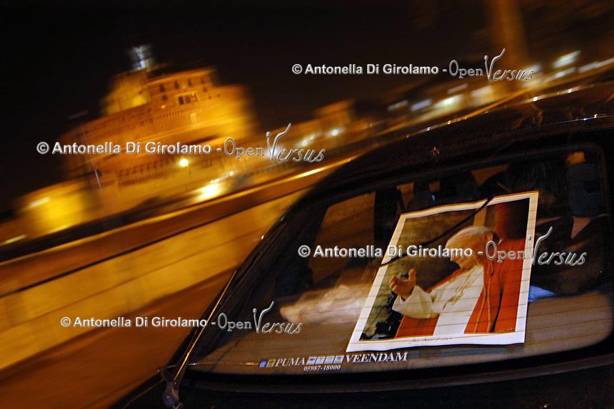 Stato della Città del Vaticano. Funerali di Papa Giovanni Paolo II. .Vatican City State. Funeral of Pope John Paul II.Castel Sant'Angelo. Mausoleum of Hadrian.....