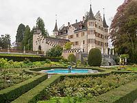 Schloss Seeburg im Seeburgpark Kreuzlingen, Kanton Thurgau , Schweiz<br /> Castle Seeburg, Seeburgpark Kreuzlingen, Canton Thurgau, Switzerland