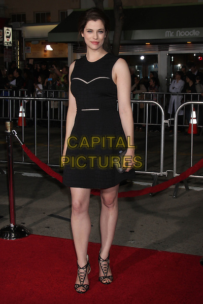 LOS ANGELES, CA - FEBRUARY 24: Jessica De Gouw at the &quot;Non-Stop&quot; Premiere, Village Theater, Westwood,  February 24, 2014. <br /> CAP/MPI/JO<br /> &copy;JO/MPI/Capital Pictures