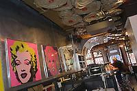 "Europe/Allemagne/Bade-Würrtemberg/Heidelberg: Bar - Restaurant ""Pop"" Untere Str"