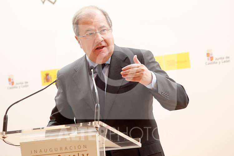 Juan Vicente Herrera, President of Castilla y Leon, attends the opening of 2015-2016 scholarship course at 'Marques de Santillana' school on September 21, 2015 in Palencia, Spain. September 21,2015. (ALTERPHOTOS/Acero)