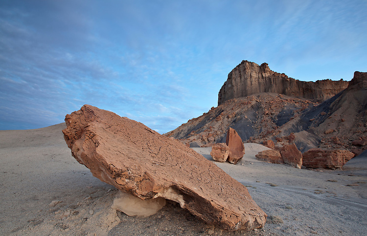 Sunrise along Nipple Bench in the Grand Staircase-Escalante National Monument in Utah, USA