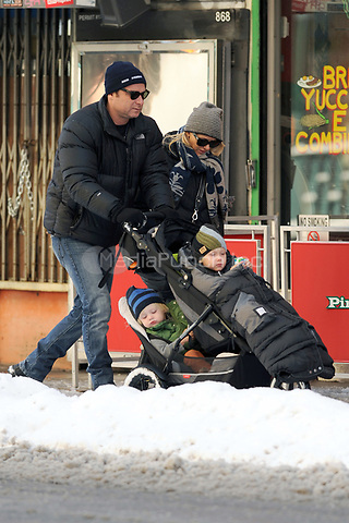 NEW YORK, NY - JANUARY 21: Naomi Watts and Liev Schreiber took their sons Sasha and Samuel out to the Children's Museum in downtown Manhattan on January 21, 2011 in New York City.<br />