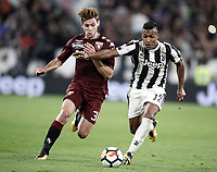 Calcio, Serie A: Torino, Allianz Stadium, 23 settembre 2017. <br /> Juventus' Alex Sandro (r) in action with Torino's Lucas Boy&egrave; (l) in action during the Italian Serie A football match between Juventus and Tori0i at Torino's Allianz Stadium, September 23, 2017.<br /> UPDATE IMAGES PRESS/Isabella Bonotto