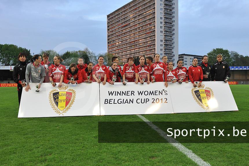 Bekerfinale 2012 : WD Lierse SK - Standard Femina :.Standard : Winner Womens Belgian Cup 2012.foto David Catry / Joke Vuylsteke / Vrouwenteam.be
