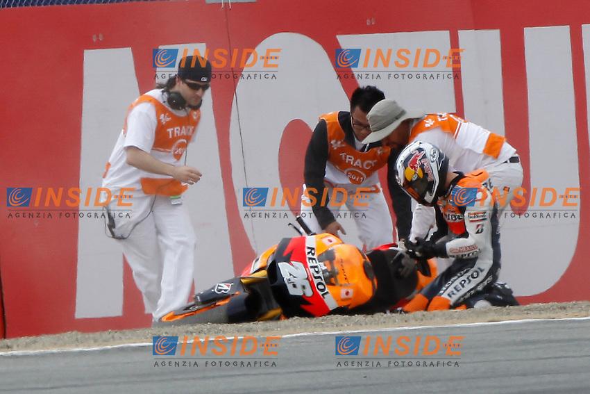 © Insidefoto/Semedia..22-07-2011 Laguna Seca (USA)..Motogp - Motogp..in the picture: crash of Dani Pedrosa - Repsol Honda team