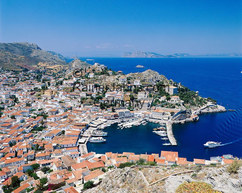 Greece, Attica, Saronic Islands, Island Hydra: Hydra Town and harbour   Griechenland, Attika, Saronischen Inseln, Insel Hydra: Die Stadt Hydra mit Hafen