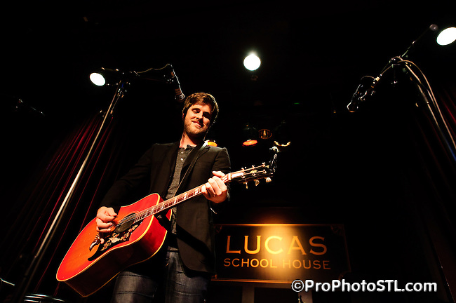 Graham Colton performing at Lucas School House in St. Louis on Nov 23, 2008.