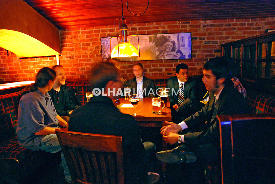 Bar em Helsinki. Finlândia. 2007. Foto de Vinicius Romanini.