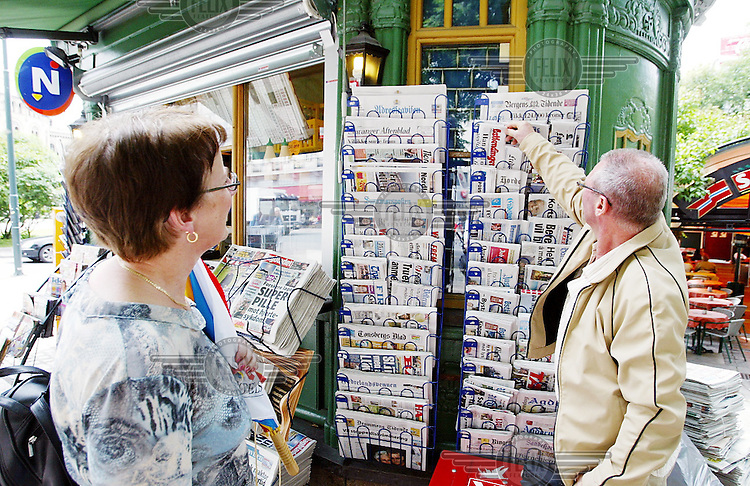 Norway 20030628 - Norwegian newspapers. Newspaper. Tabloid. Broadsheet. Photo: Torbjorn Gronning