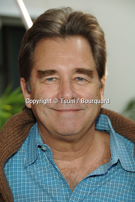 Beau Bridges  arriving at the CHARLOTTE'S WEB Premiere at the Arclight  Theatre In Los Angeles.<br /> <br /> headshot<br /> eye contact