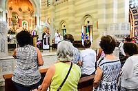 RIO DE JANEIRO, RJ, 06.11.2013 -PREFEITO EDUARDO PAES / MISSA CONTAGEM REGRESSIVA / 450 ANOS DO RIO DE JANEIRO -  O prefeito Eduardo Paes participou da missa que celebra a contagem regressiva de 450 dias para a comemora&ccedil;&atilde;o dos 450 anos da cidade do Rio de Janeiro, em 1&ordm; de mar&ccedil;o de 2015. O arcebispo Dom Orani Tempesta fez a celebra&ccedil;&atilde;o na Igreja de S&atilde;o Sebasti&atilde;o dos Capuchinhos, na Tijuca, onde est&aacute; exposto o Marco da Funda&ccedil;&atilde;o da cidade, na Tijuca,<br /> zona norte da cidade do Rio de Janeiro. (Foto: Marcelo Fonseca / Brazil Photo Press).