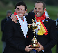 Rory McIlroy (EUR) enjoying the Trophy moment with Sergio Garcia (EUR) as Europe win  the 2014 Ryder Cup from Gleneagles, Perthshire, Scotland. Picture:  David Lloyd / www.golffile.ie