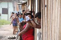 Polícia militar cumpre mandado de reintegração de posse do conjunto da CDP com violência e retira sem teto da área.<br />Belém, Pará, Brasil.