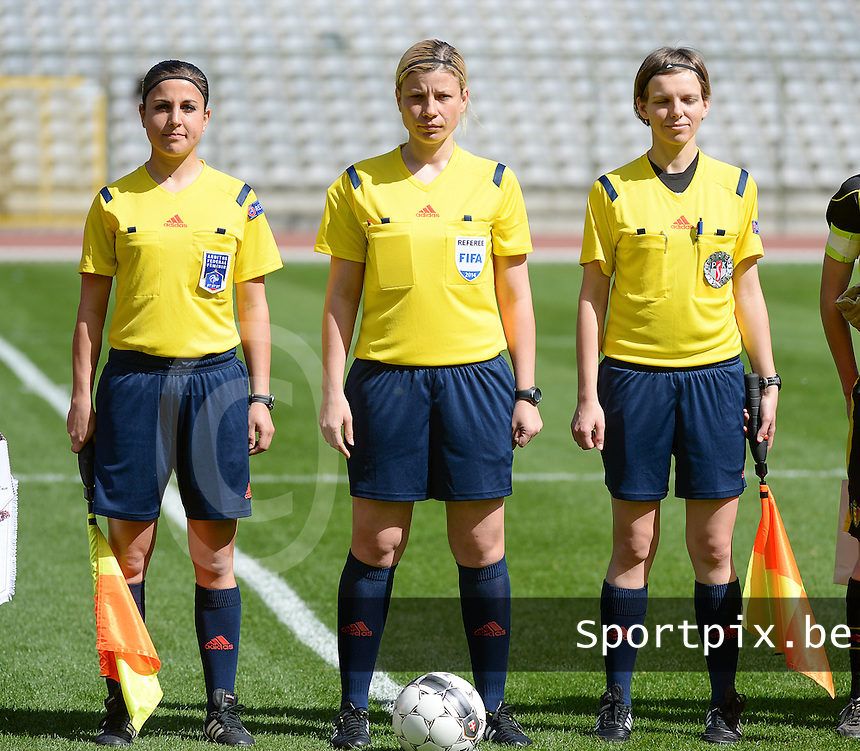 20140407 - BRUSSELS , BELGIUM : Referees pictured with French Aurelie Efe (left) , Roumanian Cristina Bujor (middle) and Polish Katarzyna Wasiak (right) during the female soccer match between CZECH REPUBLIC U19 and BELGIUM U19 , in the second game of the Elite round in group 4 in the UEFA European Women's Under 19 competition 2014 in the Koning Boudewijn Stadion , Monday 7 April 2014 in Brussels . PHOTO DAVID CATRY