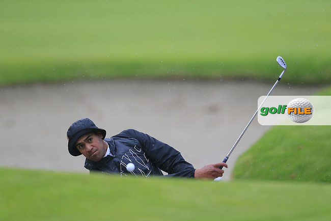 Tony Finau (USA) chips from a bunker at the 17th green during Friday's Round 2 of the 2017 Genesis Open held at The Riviera Country Club, Los Angeles, California, USA. 17th February 2017.<br /> Picture: Eoin Clarke | Golffile<br /> <br /> <br /> All photos usage must carry mandatory copyright credit (&copy; Golffile | Eoin Clarke)