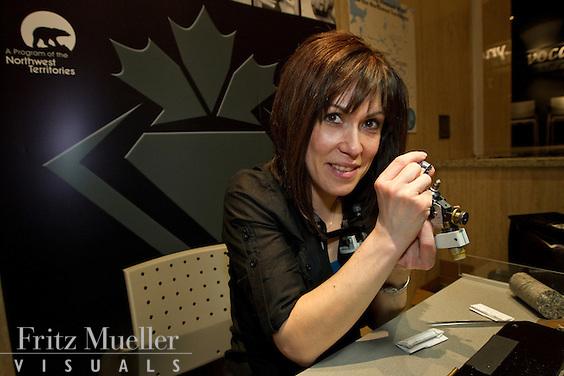 NWT Diamond Polisher Jen Pilon