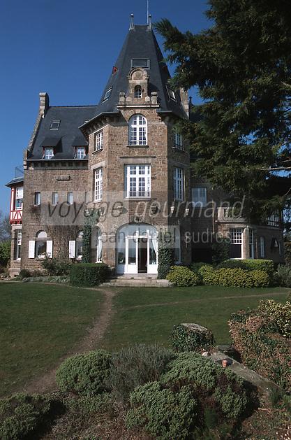 """Europe/France/Bretagne/35/Ille-et-Vilaine/Env de Cancale/Saint-Méloir des Ondes: l'Hotel restaurant d'Olivier Roellinger """"Château Richeux"""""""