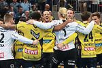 Jubel der L&ouml;wen nach dem 31:20 Sieg gegen G&ouml;ppingen. In der Bildmitte Rhein Neckar L&ouml;we Kim Ekdahl du Rietz (Nr.60) beim Spiel in der Handball Bundesliga, Rhein Neckar Loewen - FRISCH AUF! Goeppingen.<br /> <br /> Foto &copy; PIX-Sportfotos *** Foto ist honorarpflichtig! *** Auf Anfrage in hoeherer Qualitaet/Aufloesung. Belegexemplar erbeten. Veroeffentlichung ausschliesslich fuer journalistisch-publizistische Zwecke. For editorial use only.