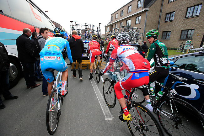 Riders make their way to the start of the 56th edition of the E3 Harelbeke, Belgium, 22nd  March 2013 (Photo by Eoin Clarke 2013)