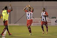 PEN&Aacute;POLIS, 19 DE FEVEREIRO DE 2014  ESPORTES  FUTEBOL - CAMPEONATO PAULISTA S&Eacute;RIE A - PENAPOLENSE X PORTUGUESA - <br />  Douglas (C) comemora ap&oacute;s marcar seu gol durante partida contra a equipe, da Portuguesa, v&aacute;lida pela nona rodada do campeonato Paulista s&eacute;rie (A), no est&aacute;dio Tenente Carri&ccedil;o, na cidade de Pen&aacute;polis, nesta quarta (19) &agrave;s 19h30. FOTOS: Dorival Rosa/Brazil Photo Press).
