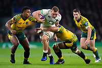 Sam Underhill of England takes on the Australia defence. Quilter International match between England and Australia on November 24, 2018 at Twickenham Stadium in London, England. Photo by: Patrick Khachfe / Onside Images
