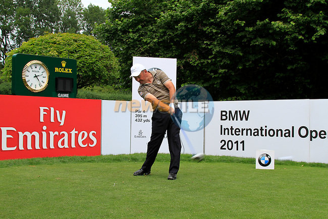 Damien McGrane (IRL) teeing off in the Pro-Am Day of the BMW International Open at Golf Club Munchen Eichenried, Germany, 22nd June 2011 (Photo Eoin Clarke/www.golffile.ie)