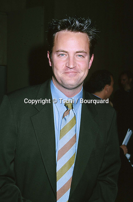 The Lili Claire Foundation's 2nd Annual Awards Gala Dinner,<br /> honoring the producing team of Kevin Bright, Marta Kauffman and David Crane:  host Matthew Perry +Beverly Hilton,  Beverly Hills.  Oct. 23, 1999            -            Perry Matthew-1.jpg