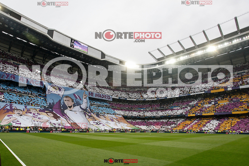 Real Madrid´s supporters holding a banner during the Champions League semi final soccer match between Real Madrid and Juventus at Santiago Bernabeu stadium in Madrid, Spain. May 13, 2015. (ALTERPHOTOS/Victor Blanco) /NortePhoto.COM