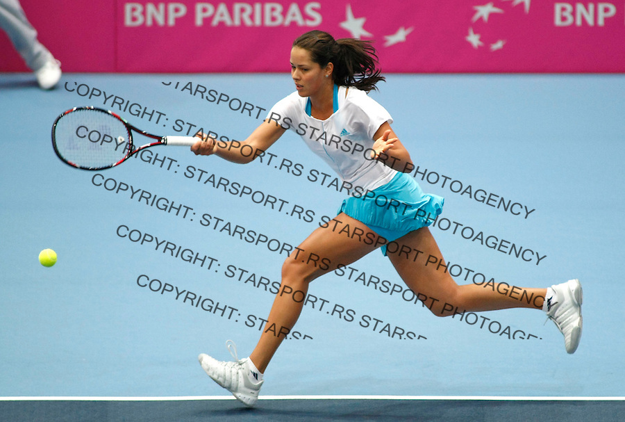 Tenis, Federation Cup.Serbia Vs. Poland.Ana Ivanovic Vs. Ursula Radwanska.Budapest, 31.01.2008..foto: Srdjan Stevanovic