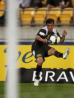 Daniel crosses into the box during the A-League match between Wellington Phoenix and Newcastle Jets at Westpac Stadium, Wellington, New Zealand on Sunday, 4 January 2009. Photo: Dave Lintott / lintottphoto.co.nz