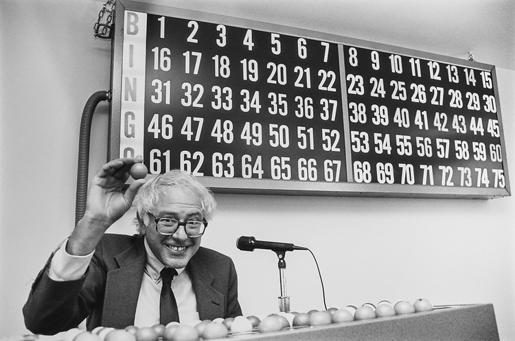 Rep. Bernie Sanders, IND-Vt., calls out bingo numbers in St. Albans, Vermont, on Oct 22, 1990. (Photo by Laura Patterson/CQ Roll Call via Getty Images)