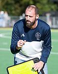 AMSTELVEEN - coach Jesse Mahieu (Pinoke)  Hoofdklasse competitie heren. Pinoke-SCHC (0-1) . COPYRIGHT  KOEN SUYK