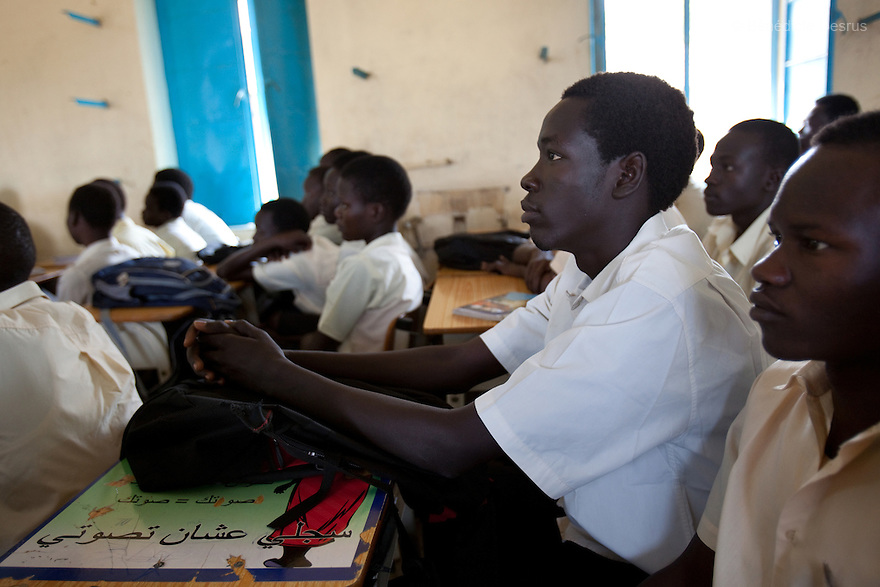 Tuesday 18 january 2011 - Juba, South Sudan - Third year secondary school Sudanese students during a Sciences class at Supiri Secondary School in Juba, South Sudan. The school is mix boys and girls and is taught in arabic language. Photo credit: Benedicte Desrus